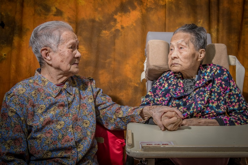 照料者由誰來照料?有關年長者照顧服務專案的拓寬思索